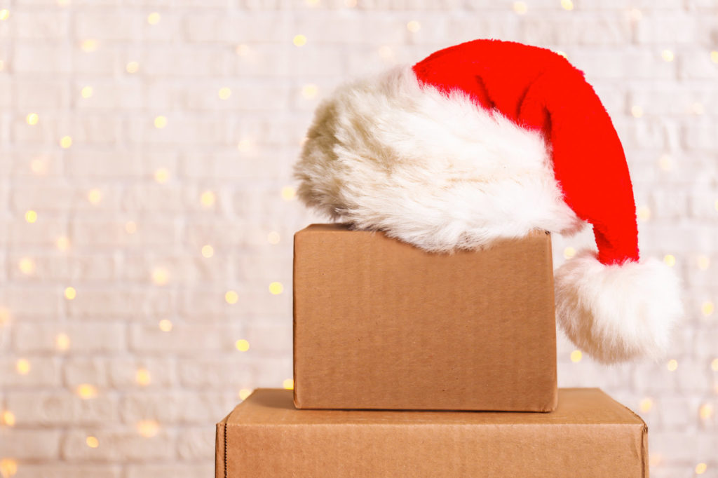 Santa-Hat-Packing-Boxes