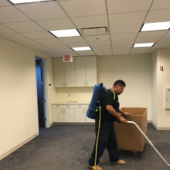 Decommissioning-Services-Movers-Chicago-Office-Movers